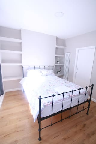 Beautiful En Suite Double Room; Forest Hill. - London - Leilighet