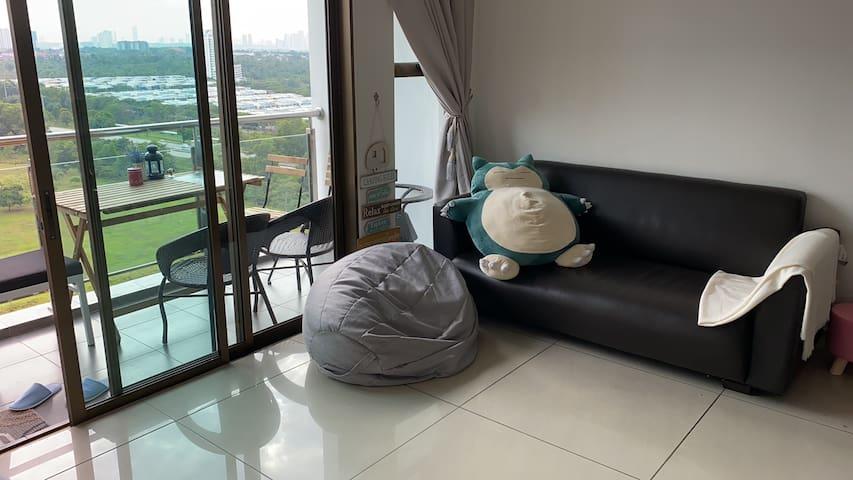 心语沙发背包客休闲站