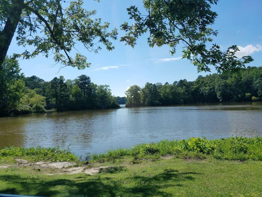 lakeview lake. 1/2 mile