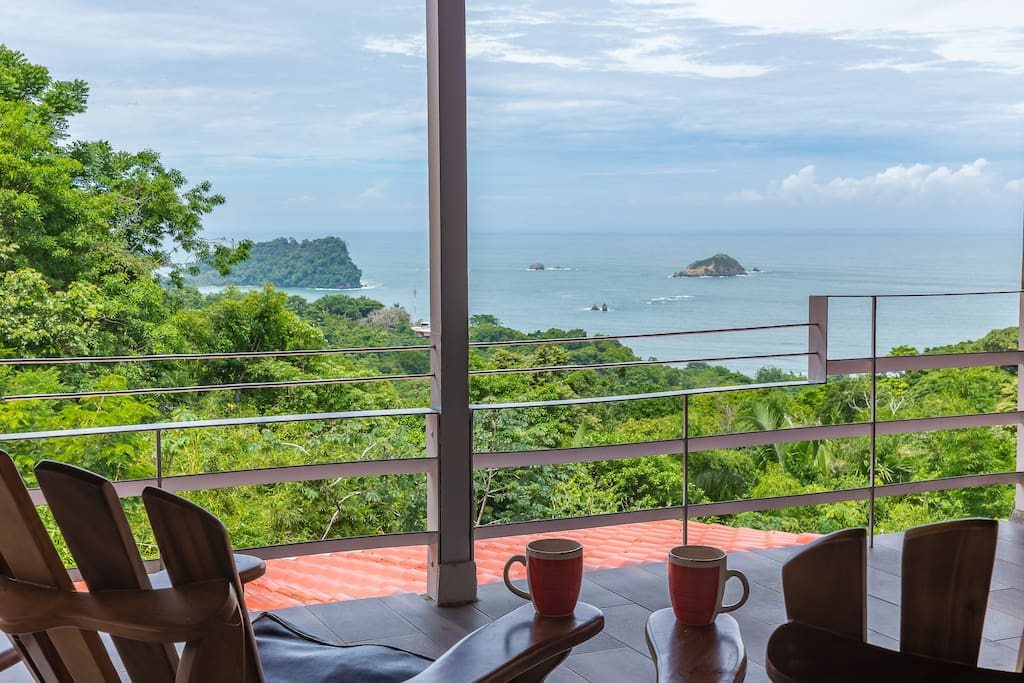 What a great way to begin, and end, your day of adventure in Manuel Antonio!