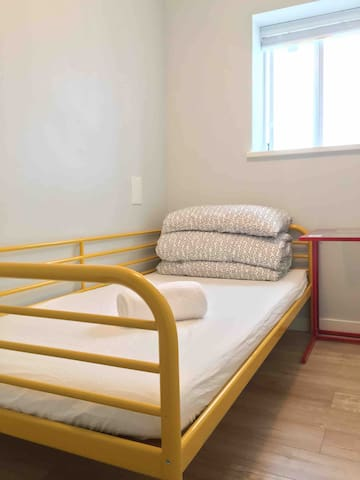 Room 3,twin size bed