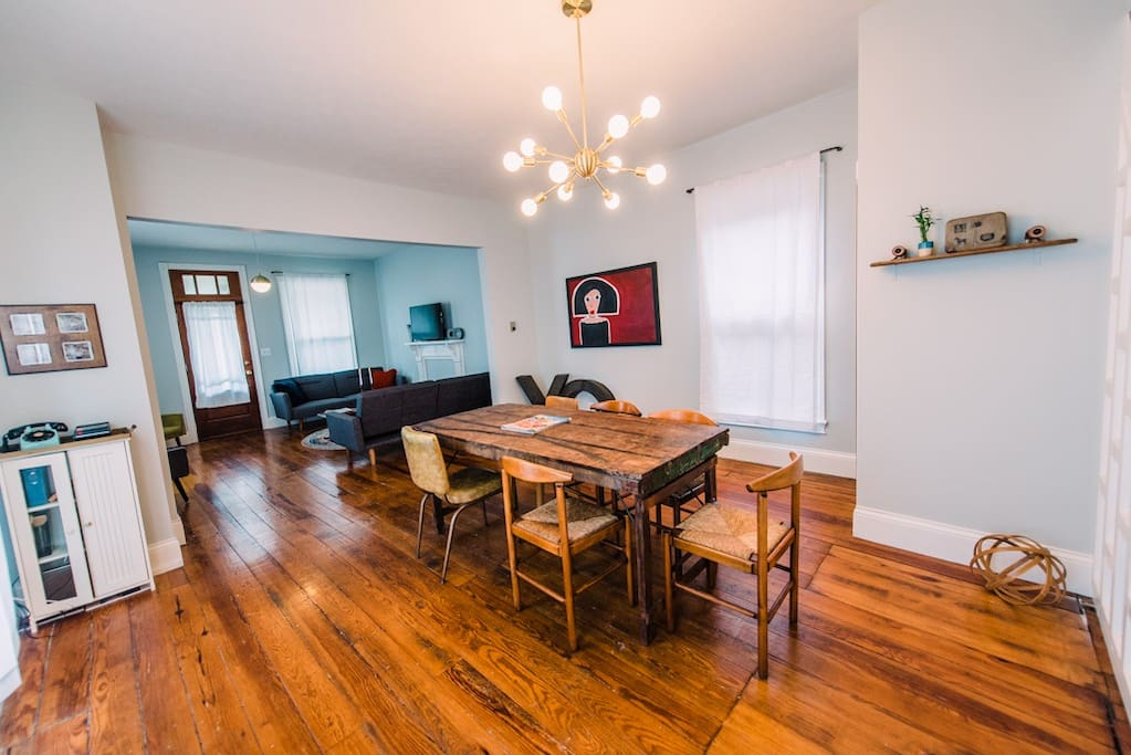 Wide open dining and living area to be sure to enjoy everyone traveling with you!