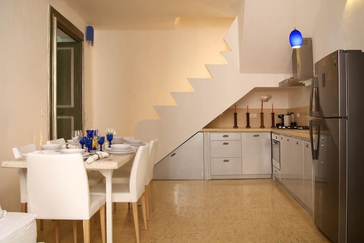 Salapolis Luxury Apartments - Madrepora Blu