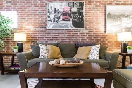 Comfy Downtown Business Class Loft - Dallas - Casa