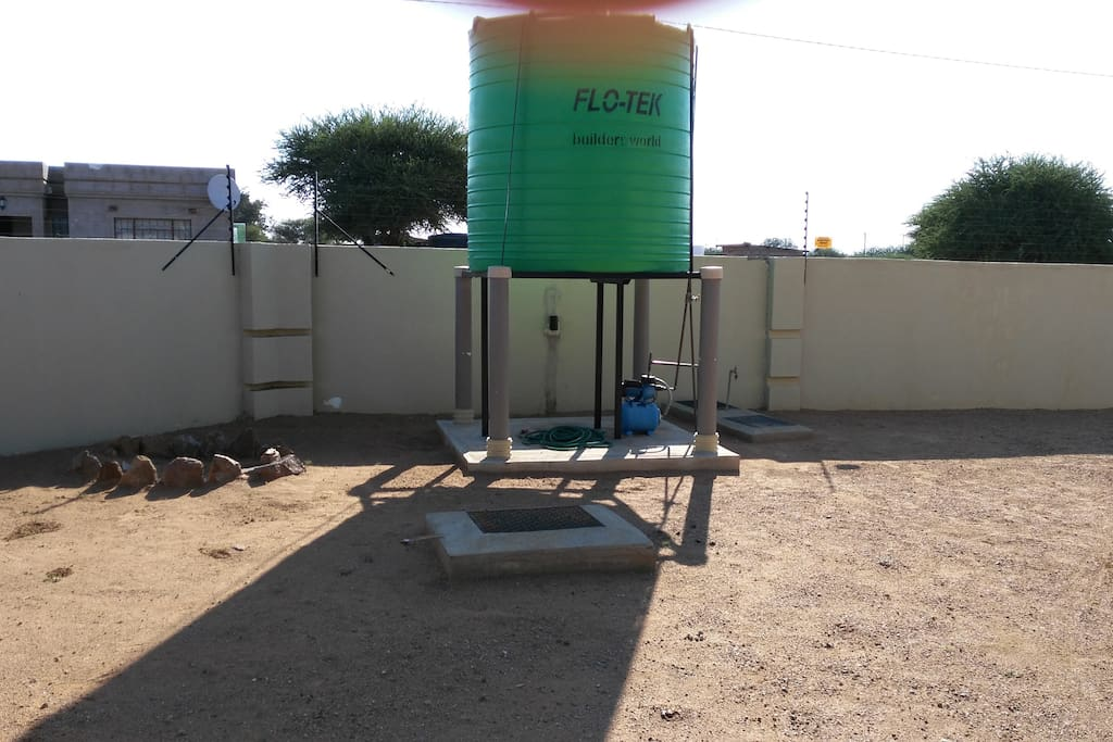 Emergency 5,000 Liter Water Tank with Booster Pump