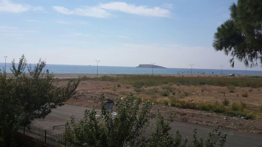 Deniz kenarında sakinlik arayana - Gümüldür  - Casa