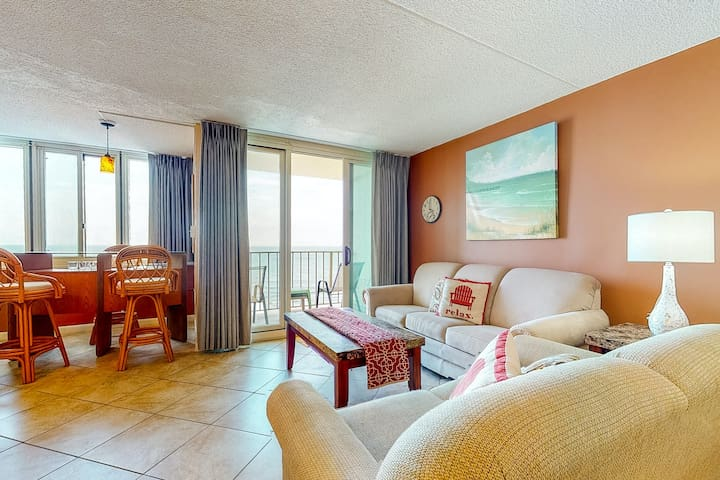 Premium Cleaned | New listing! Beautiful oceanview condo w/ balcony, shared pool & beach access