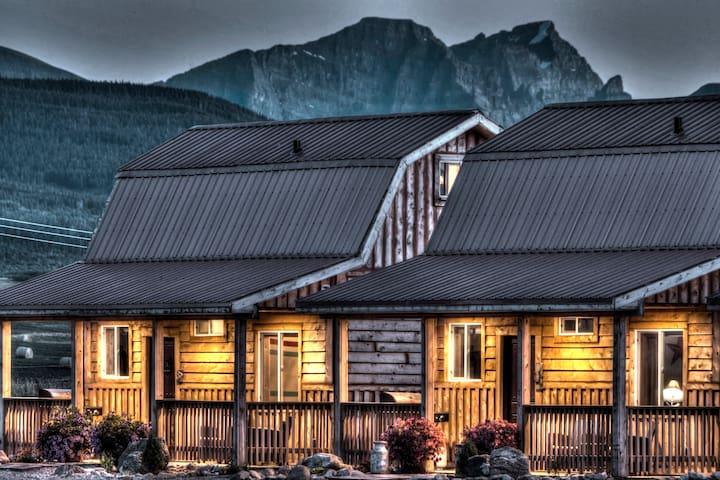 Mountain Haven Cabin/ Hunter