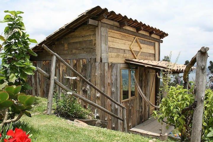 Cabaña Balcon del lago, YARINA