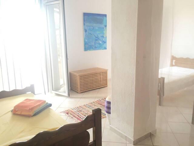 Thalassa open-plan apartment