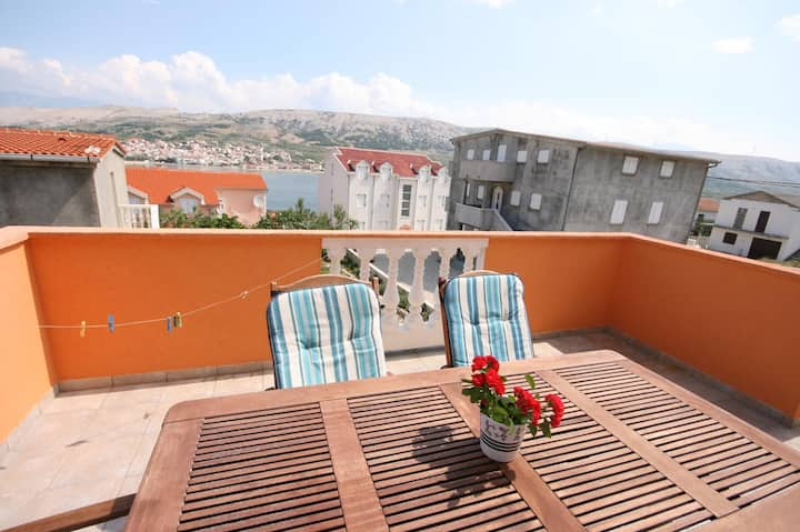 Two bedroom apartment with terrace and sea view Pag (A-6412-a)