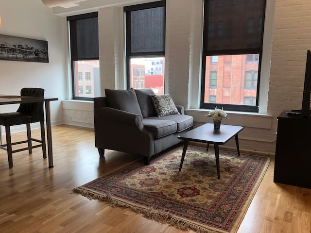 Woolworth Lofts - 1 Bedroom (321)