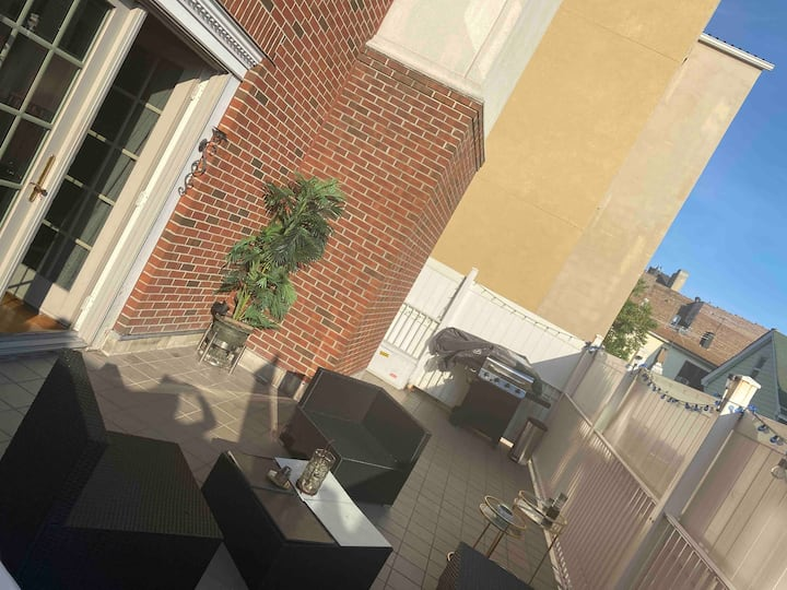 1BD|1.5BA Private Oasis Mins to NYC Terrace|Garage