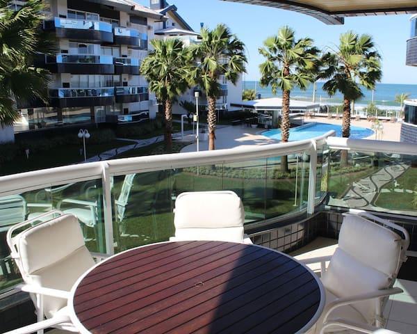 4 quartos (2 suítes), Água Marinha, Praia Brava!