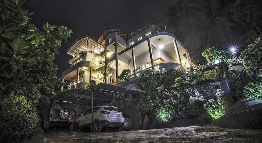 Marvel Hills Kandy - Family Room  (1 Km to city) - Kandy - Huoneisto