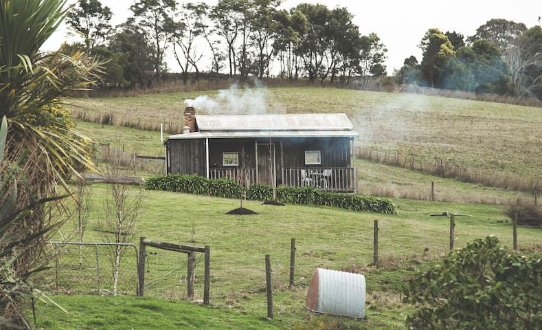 Little Timber Cottage - Tamar Valley - Tasmania