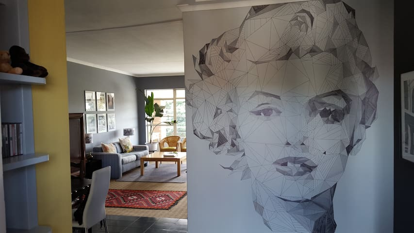 Pvt room to let in 2-bed 1-bath apartment (share) - Randburg - Apartment