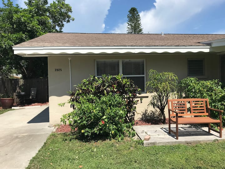 Comfortable, Centrally Located Sarasota Home