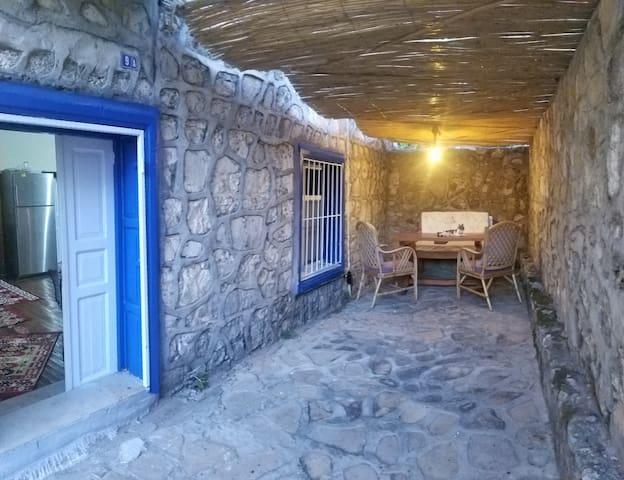 Stone House Elite 1+1  Klimalı Verandalı Taş Ev