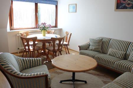 Haus Deblitz - Wohnung 1: Sonnenseite 64m2 - Tümlauer-Koog