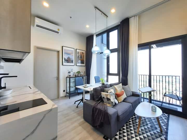 Stylish High Rise Apartment in Sukhumvit /1min>BTS