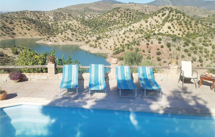 Holiday cottage with 2 bedrooms on 69 m² in El Gastor