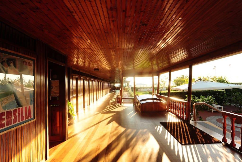 La bougainville free access to a luxury beach club and - Bagno pinocchio viareggio ...