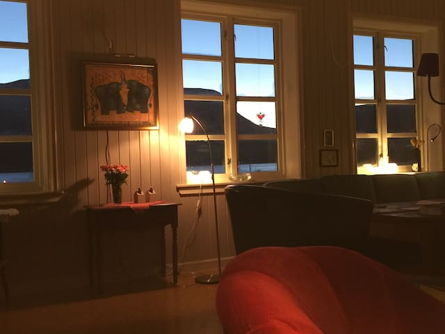 @lenasguesthouse - Harstad - Pousada