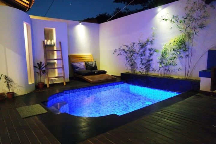Stay Shark Villas Gili Air - Wobbegong Shark Villa