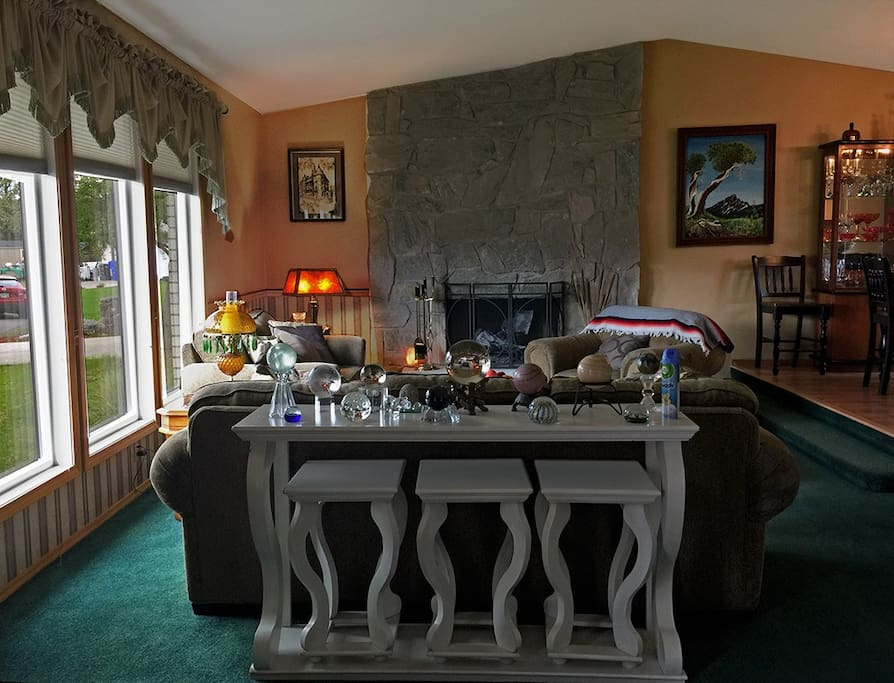 Living Room (Social Space)