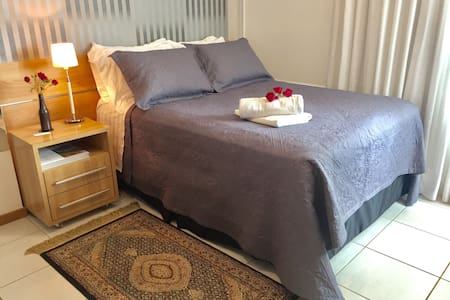 Modern flat in central Brasilia - Fast WiFi 120Mb
