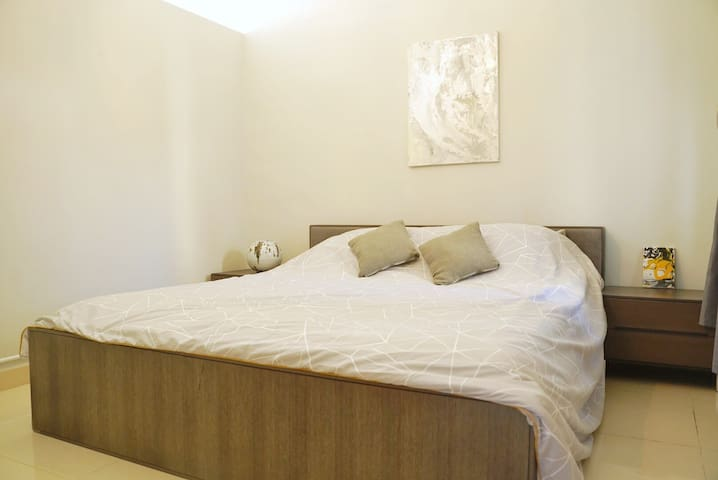 Cheung Chau Seaview, King-size Bed, Close to Ferry