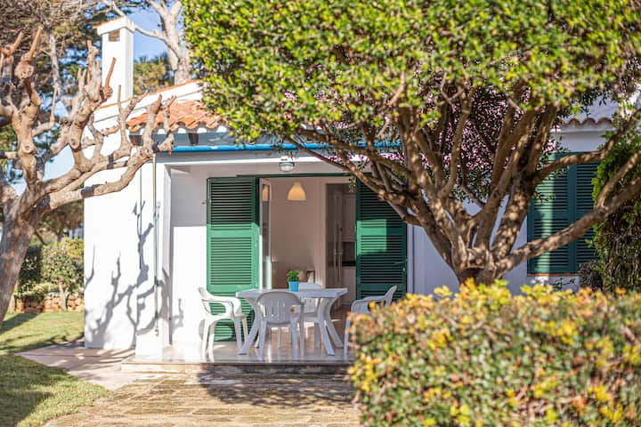 "Charming Vacation Home ""Villa Goyo"" near the Sea with A/C, Wi-Fi, Terrace & Garden; Parking Available"