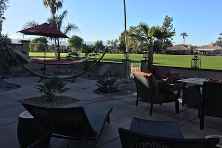 Bed/Breakfast close to concerts - Indio