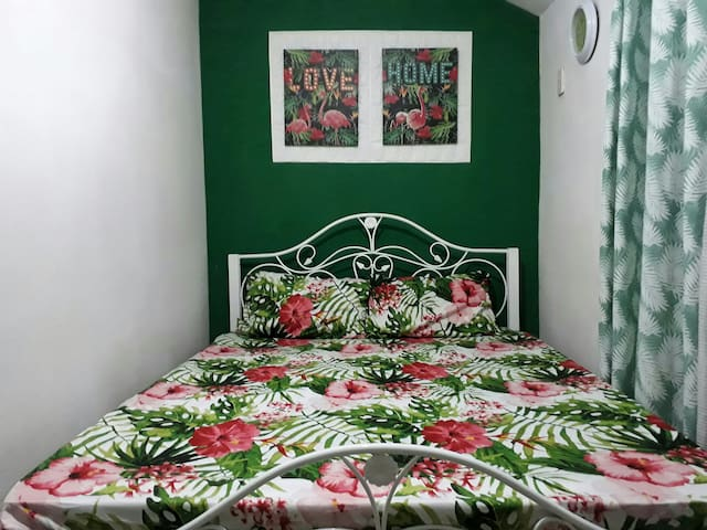 Montalban GuestHouse: 1BR+Wifi+Netflix+SmartTV