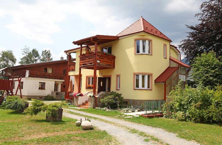 Vila Katarina - whole house (10 p.) - Vysoké Tatry - Villa
