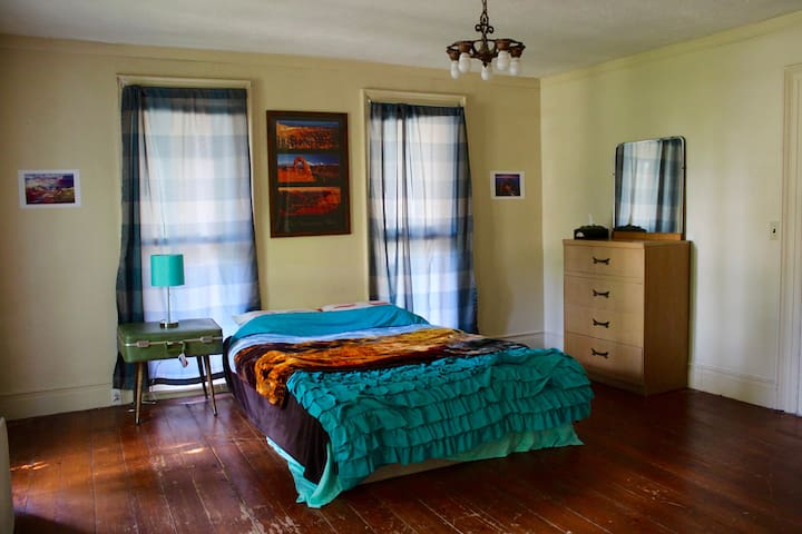 Unique Private Room Stay - Seneca Falls - Inny