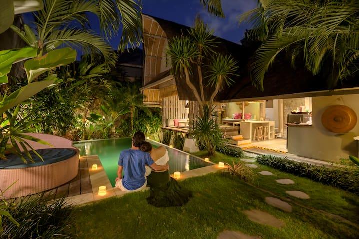 Idyllic Villa Atlantis: romantic - chic - private!