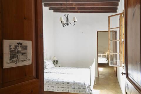 Acogedora habitación en casa señorial 1887