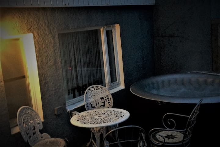 cosy apartment 5 min from airport - Keflavík - Casa