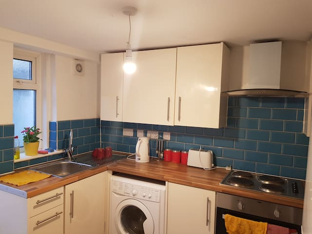Elegant Double Room in Maidstone Town Centre