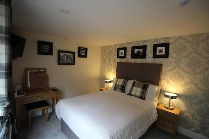 Double Room in a Traditional Cotswolds Inn