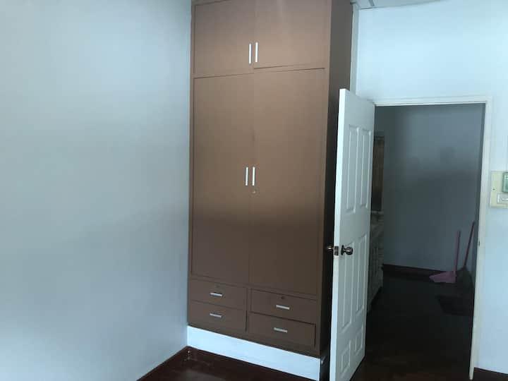 清迈大学附近别墅一栋两层2卧室2洗手间