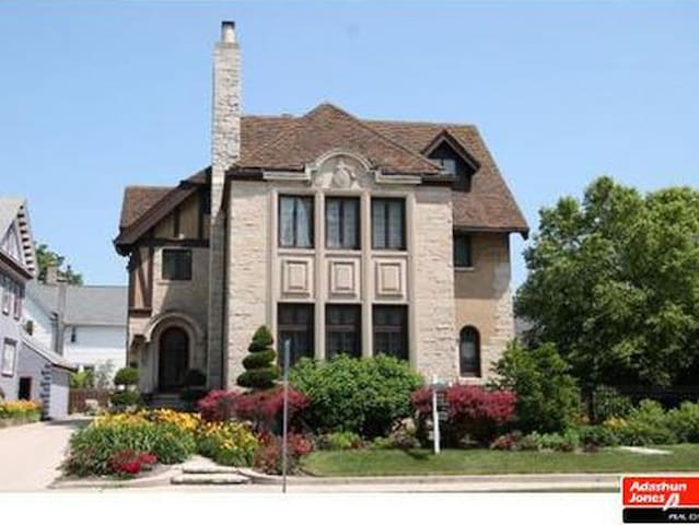 Enjoy Lake Winnebago and stay in the Castle of WI!