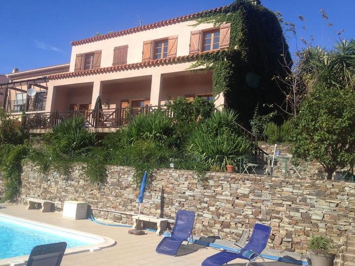 Villa Stunning Views and with Private Pool