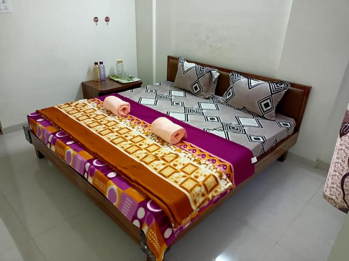 Airbnb pune cozy Spacious stay
