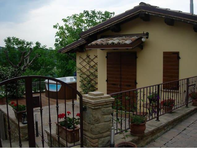 Casa dell Noci B&B - Rosora - Inap sarapan