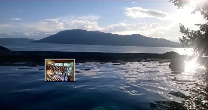 """2.""""Islandia"""" Ardan Room, waterview [2of3 listings]"""