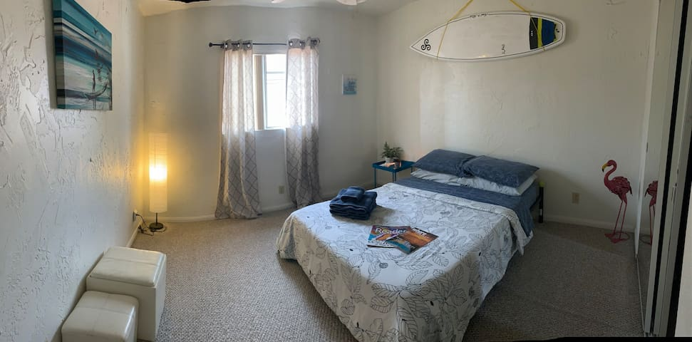 Perfect location/ Spacious Private Bedroom