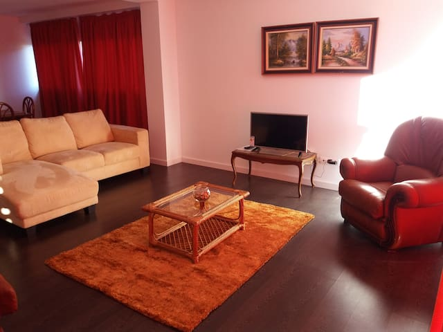 Three- Bedroom Apartment - Vila Franca Do Campo - Byt